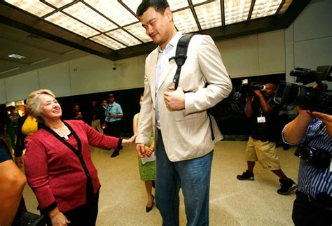 yao ming house photos yao ming towers over everyone houston chronicle