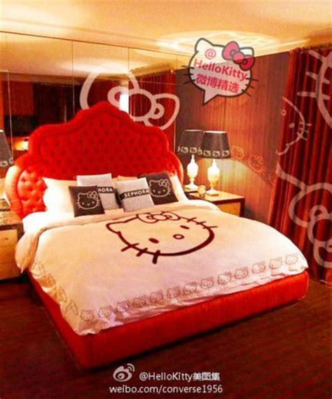 hello kitty bedroom stuff 25 b 228 sta hello kitty bed id 233 erna p 229 pinterest hello