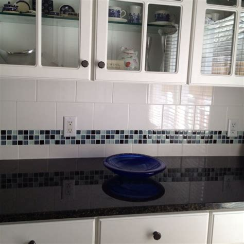 tile borders for kitchen backsplash glass tile border on backsplash uba tuba granite i like