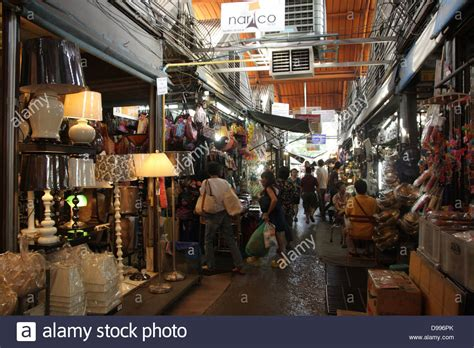 Chatuchak Market Home Decor walkway near a home decor shop at chatuchak weekend market