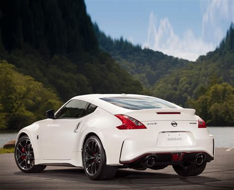 new nissan sports car 2017 all new 2017 nissan 370z will get compact turbocharged engine