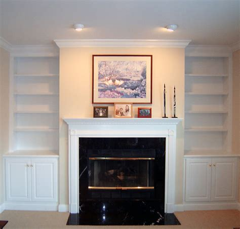 Custom Built In Bookcases Traditional Living Room Houzz Built In Bookshelves