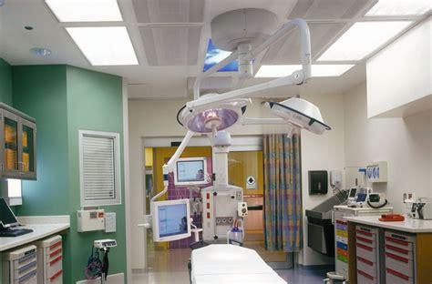 holy cross emergency room the of chicago comer children s hospital leopardo companies