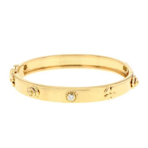 Gelang Chnl Bangles Chnel Bracelets chanel 3 symboles bracelet 267699 collector square