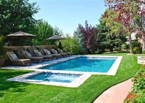 backyard swimming pool 1000 ideas about swimming pools on outdoor