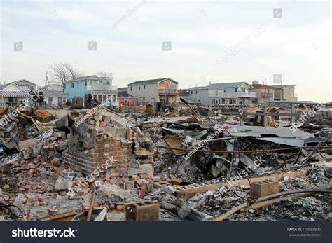 Search Point Ny Breezy Point Ny November 20 Burned Houses In The