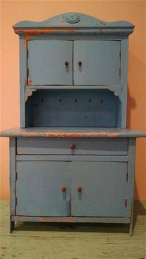 Childrens Cupboard - 1000 images about antique children s wooden hutch on