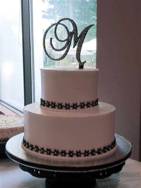 Wedding Cake Black And White Simple by Black And White Wedding Cake Cakecentral