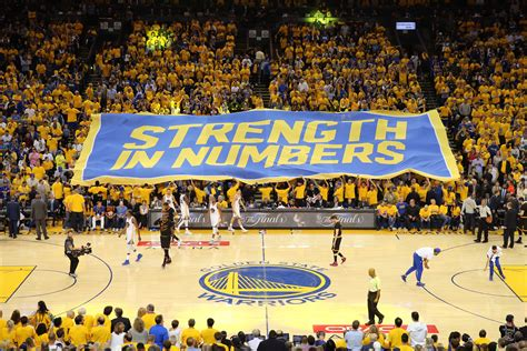 golden state warriors fans fandom 250 the case for the golden state warriors as the