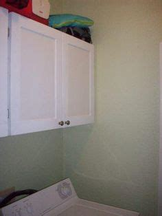 küchenschrank trim molding painted kitchen cabinets and spray painted hardware 6