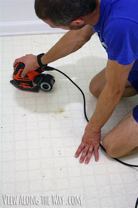 How To Paint Vinyl Floors by How To Paint Vinyl Or Linoleum Sheet Flooring