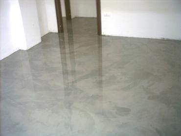pavimenti adesivi economici pavimenti in resina decorativa tinteggiature posa