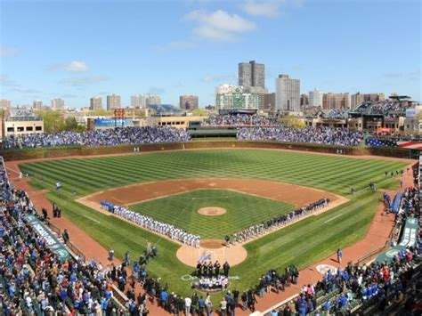 what to eat at wrigley field home of the world series