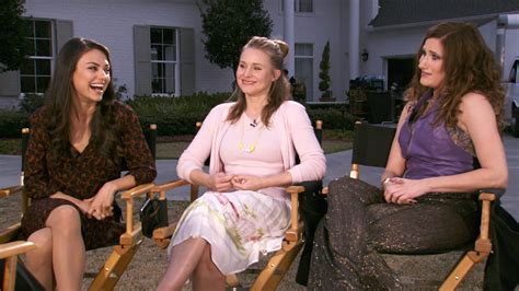 moms bad bad moms stars get candid about mommy guilt and the 1