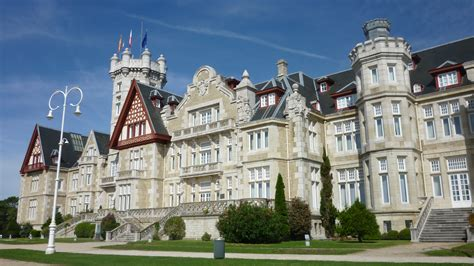 el palacio de la el palacio de la magdalena de santander busca patrocinio se prev 233 una pugna encarnizada entre
