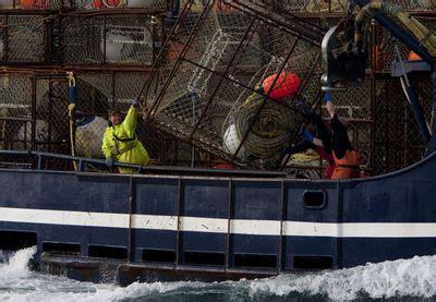deadliest catch season 11 returns on discovery pop tower deadliest catch 6 programs discovery channel