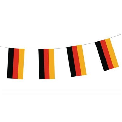 cadenas en papel cadena de banderines papel quot germany quot dif 237 cilmente