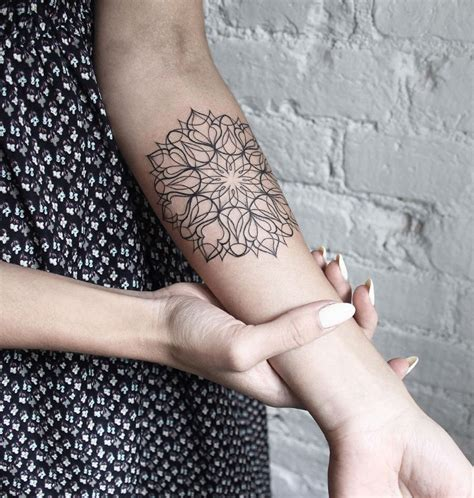 fineline tattoo 35 delicate line tattoos amazing ideas