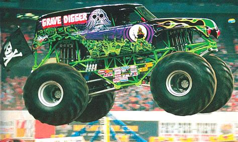 pictures of grave digger truck grave digger wallpapers hq grave digger pictures