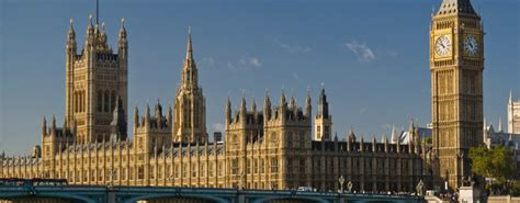 houses of parliament tourist information uk and finally 163 5 7bn cost to restore sinking houses of