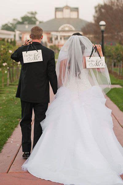 Best 25  Unique wedding poses ideas on Pinterest   Wedding