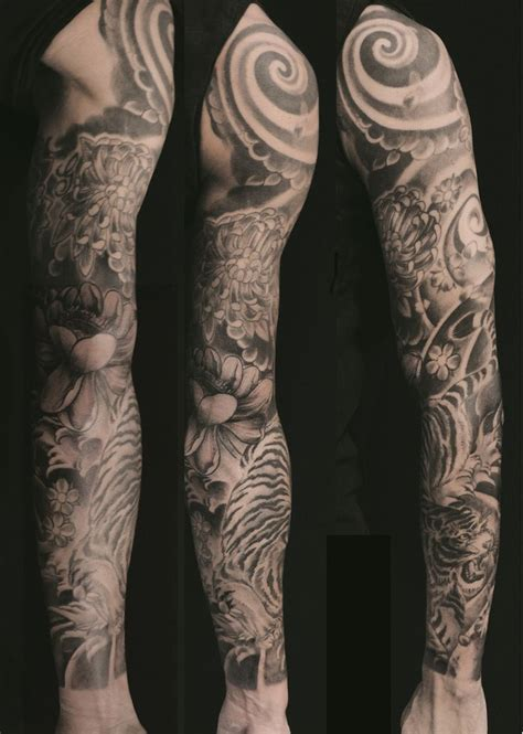 long tattoos 1000 ideas about japanese sleeve tattoos on