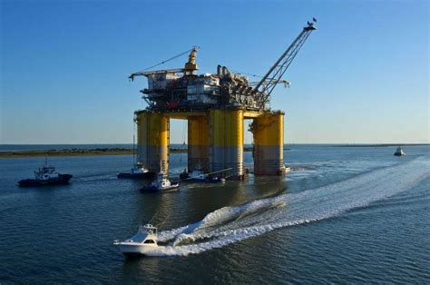 boat transport houston texas oil holds near 75 on speculation storm may worsen supply