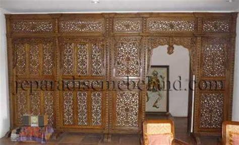 Partisi Jati Minimalis Sketsel Ruangan Interior Jepara design leteratur dinding studio musik ruangan studio