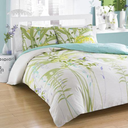 Duvet And Comforter Update Your Bedding With This Lovely Mixed Floral Duvet