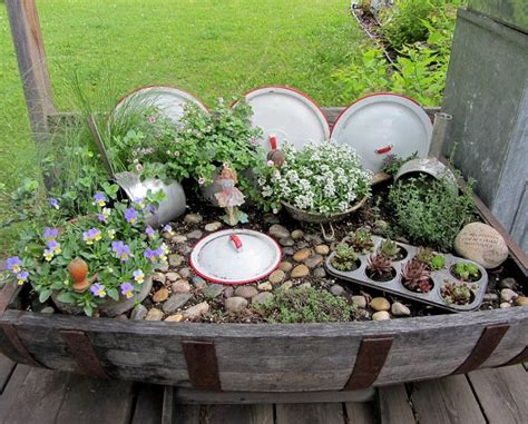 Garden Using Dishes 20 Mind Blowing Diy Garden Ideas Using Kitchen Items