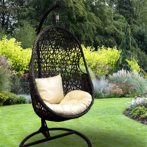 outdoor swinging egg chair garden hanging chairs garden egg chair hanging indoor