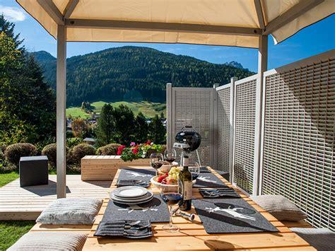 grigliati in legno per terrazzi fioriere in legno e grigliati losa legnami