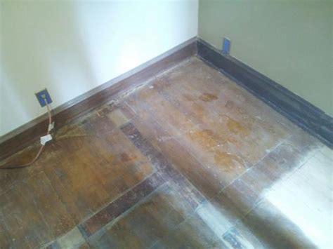 Engineered Hardwood: Lay Engineered Hardwood Flooring Video