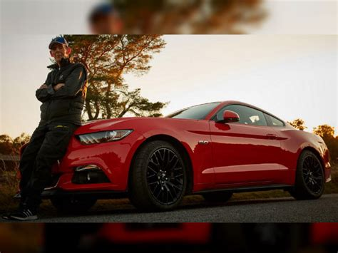 world s oldest ford mustang owner is 97 years drivespark