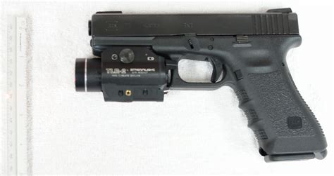 glock 17 laser light not the best place for a laser sight emptormaven