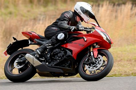 Review: 2013 Triumph Daytona 675 Australian Launch   Bike
