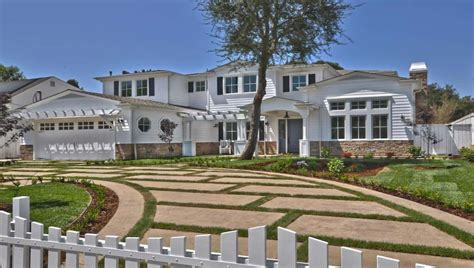 clayton kershaw house 15 extraordinary mansions owned by mlb players