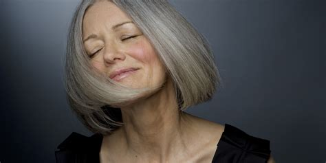 makeup for women over 60 with gray hair makeup on mature women do s don ts 2nd street beauty