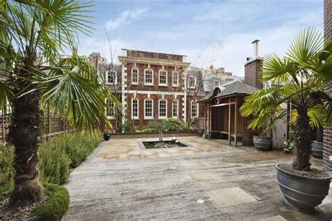 one bedroom house for sale in london 21 bedroom terraced house for sale in hill street mayfair london w1j w1j