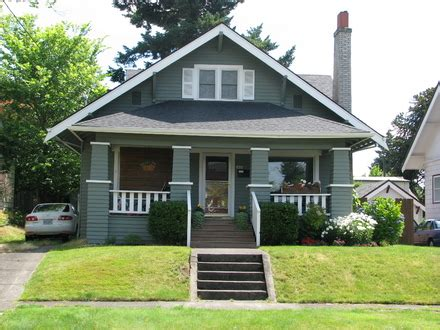 what is a bungalow house craftsman bungalow bathrooms yellow craftsman bungalow a