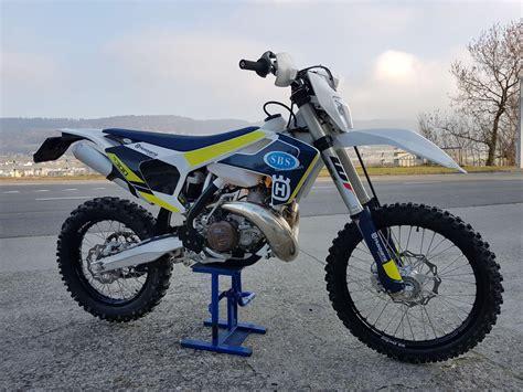 Ersatzteile Husqvarna Motorrad by Motorrad Mieten Husqvarna 300 Te Sbs Sportbike S 228 Uberli Turgi