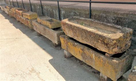 vasche in pietra vasche in pietra di varie misure antiquariato su