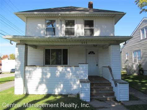 Section 8 South Bend by 111 E Eckman St South Bend In 46614 Rentals South Bend