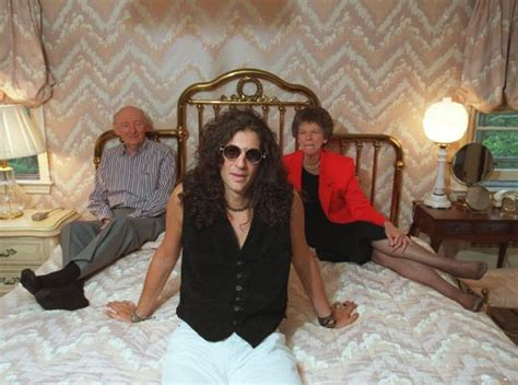 howard stern house image gallery stern parents