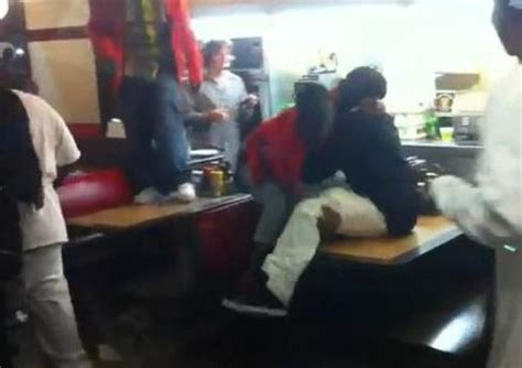 waffle house tuscaloosa waffle house fight 28 images fight at cookout carolina doovi tough talking biker