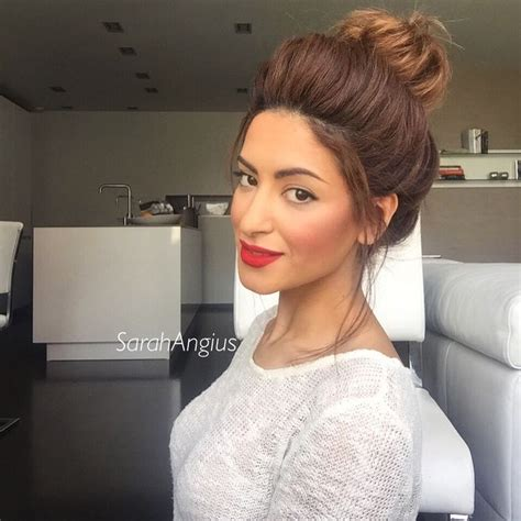 hair tutorial videos instagram big messy bun tutorial on instagram sarah angius