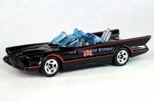 Hot Wheels 1/64 Batmobile : Fiberglass Freaks   Batmobile