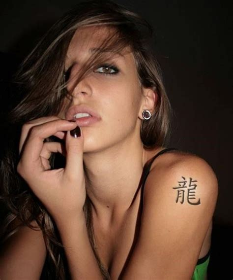 sexy shoulder tattoos awesome or cool tattoos and their meanings lovely designs
