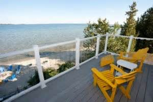 Beachfront Inn Door County by Quot Bring On Quot Door County Lodging Specials 2015 Door