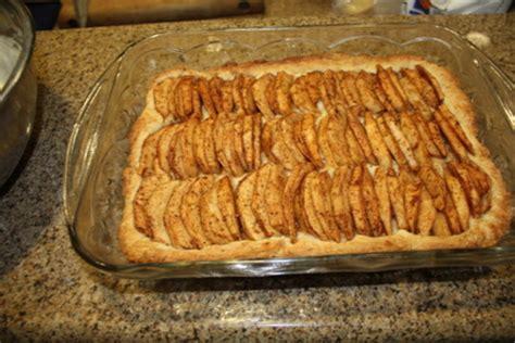 apple kuchen recipe german apple kuchen apfelkuchen